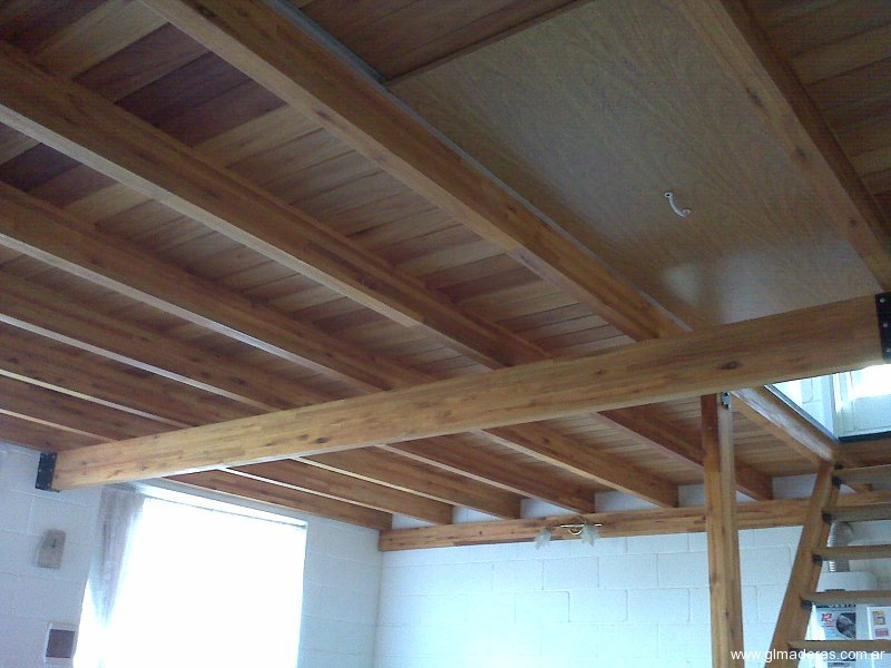 C mo ganar espacio con los entrepisos gl maderas for Escalera de madera para entrepiso